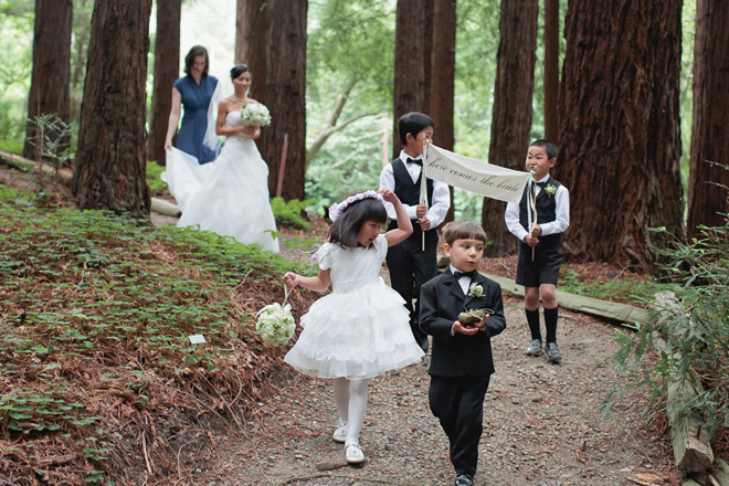 Flower girls and ring bearers walk to ceremony at UC Berkeley Botanical Garden Wedding