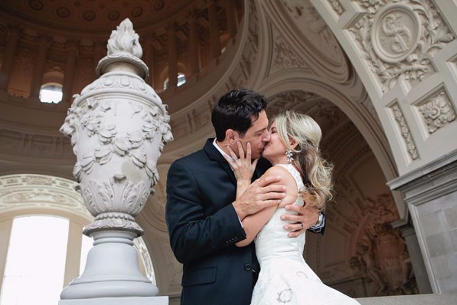 san-francisco-city-hall-wedding-photo-0018