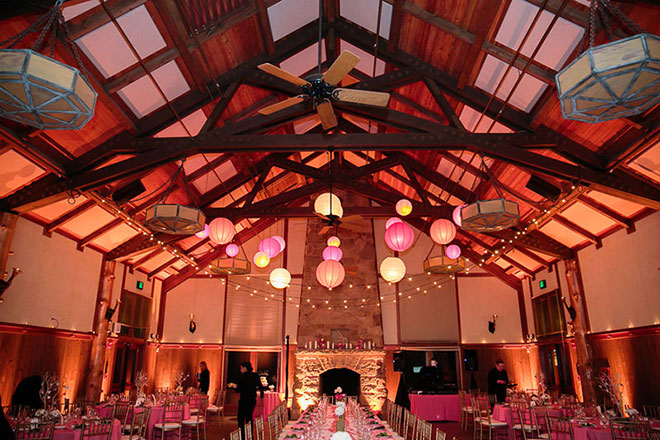 pink round lanterns at San Francisco zoo wedding reception