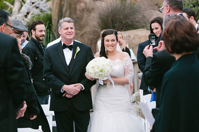 Father walking his daughter down the aisle at her San Francisco Zoo wedding